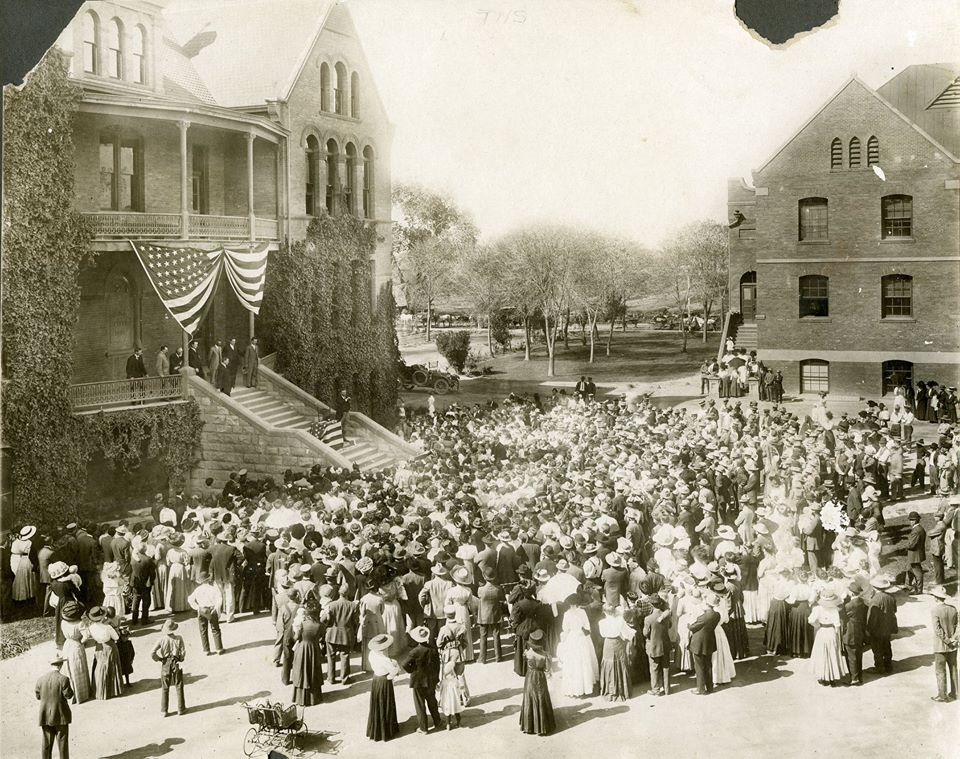 1911 - Teddy Roosevelt speaking at Old Main, Tempe, AZ