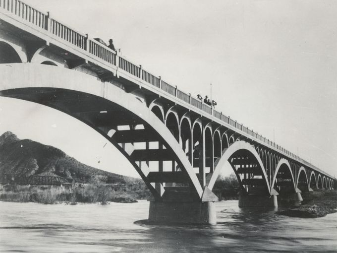circa 1914 - State Bridge, aka Ash Avenue Bridge, one lane horse and buggy bridge, about a year after the bridge was opened