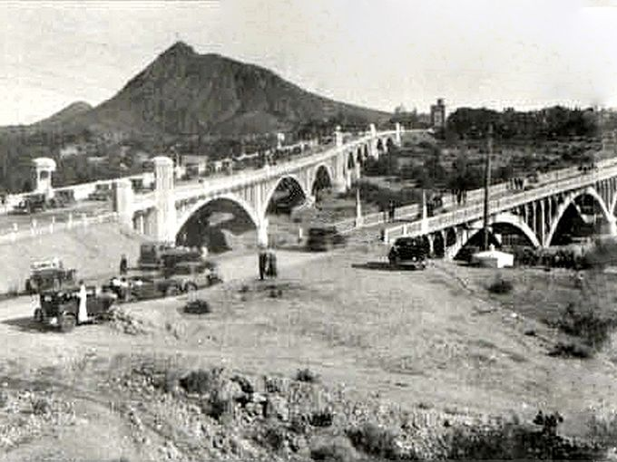 Mill Ave Bridge (on left) and the Ash Avenue Bridge (on right) the old one-lane horse and buggy bridge built in 1913 and demolished in 1991
