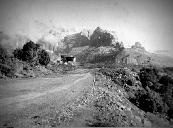 Uptown Sedona circa 1945, east of the northern end of Jordan Road Photo by Bob Bradshaw